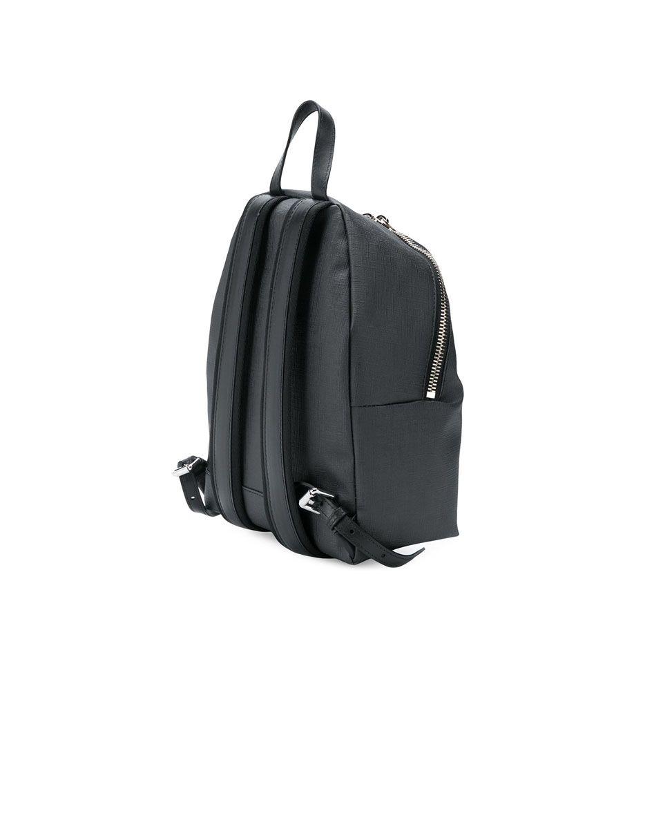 moschino backpack2